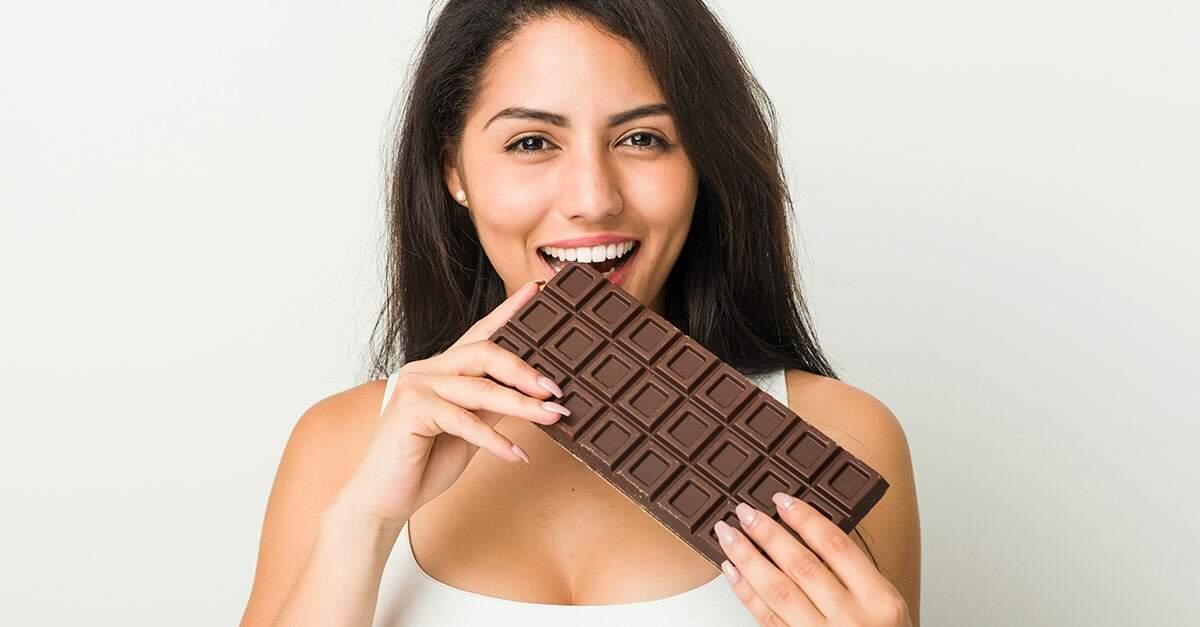 acne em adultos, Chocolate ao leite, laticínios e gordura